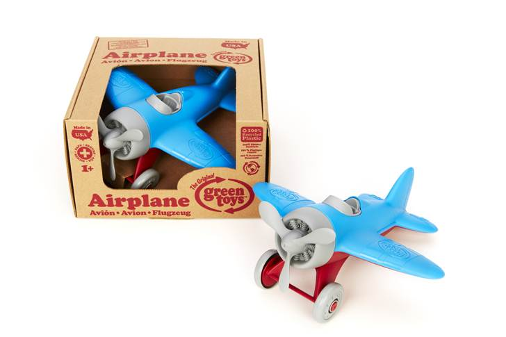 airplanes-made-by-green-toys